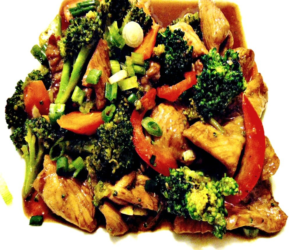 CARIBBEAN STYLE CHINESE CHICKEN AND BROCCOLI